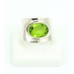 anillo peridoto