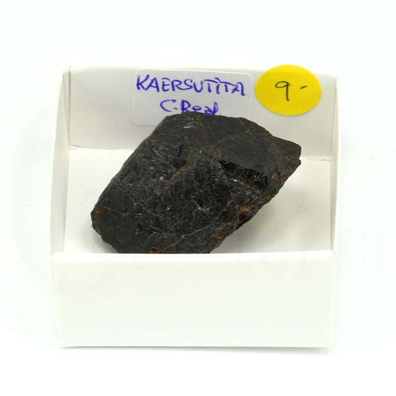 mineral kaersutita