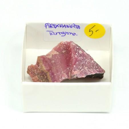 mineral piroxmangita