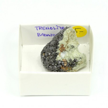 mineral tremolita